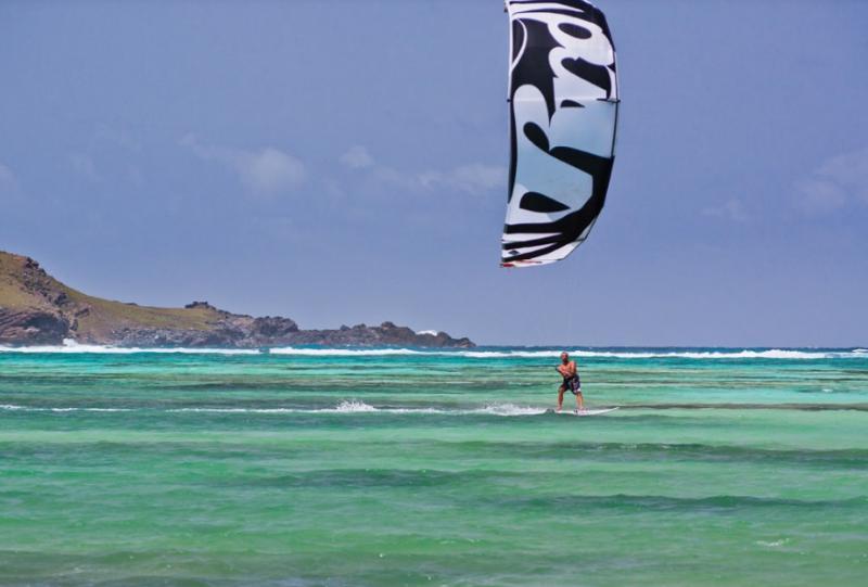Kitesurf à Saint Barthélémy (Caraïbes (Guadeloupe